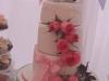 Tartas de boda personalizadas: flores y lazos