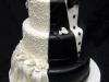 Tartas de boda personalizadas: vestido de novia y esmoquin