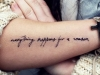 Tatuajes de frases: antebrazo caligrafía