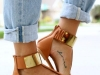 Tatuajes fashion para mujeres en el empeine