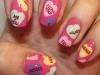 Uñas decoradas San Valentín: corazones de colores