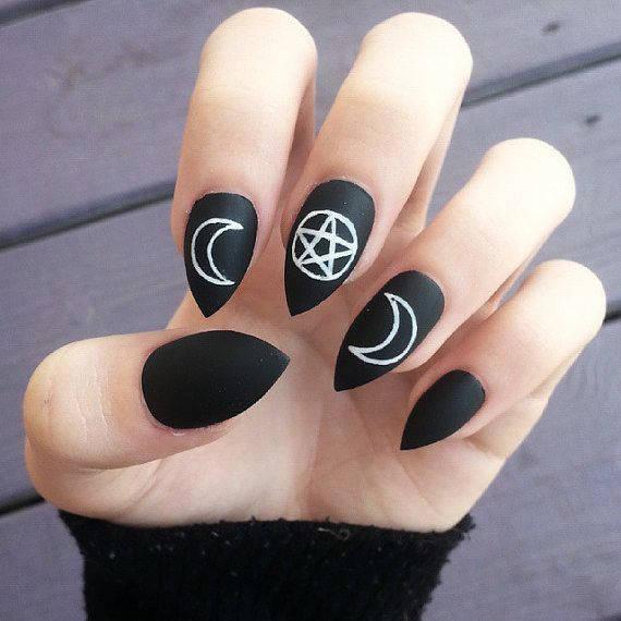 Grunge Nail Art On Pinterest: Uñas Halloween: Nail Art Para Una Manicura De Miedo [FOTOS