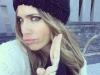 Vanesa Romero biografía: selfie con gorro