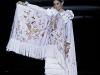 Vestidos de flamenca 2017: Ana Morón modelo blanco con mantón