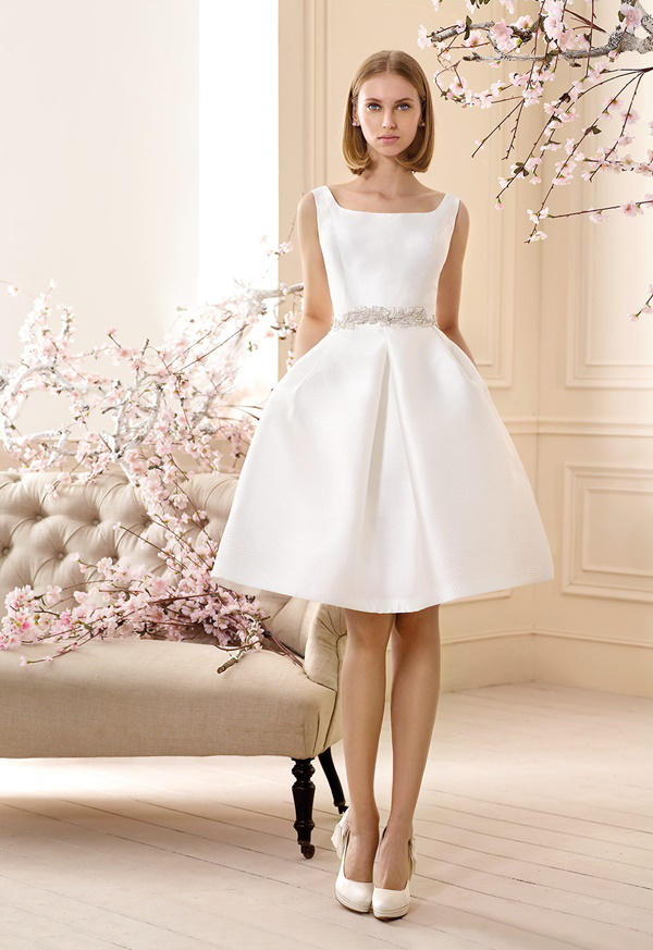 52c15c54004ad Vestidos de novia cortos 2016  Cabotine modelo Tarifa. Vestidos de novia cortos  2016  Cabotine modelo Tarifa