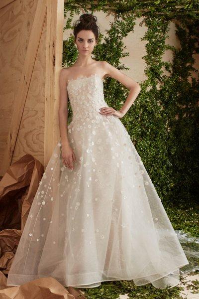 vestidos de novia palabra de honor 2017, el escote ideal [fotos