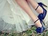 Zapatos de novia de colores: azules con lunares