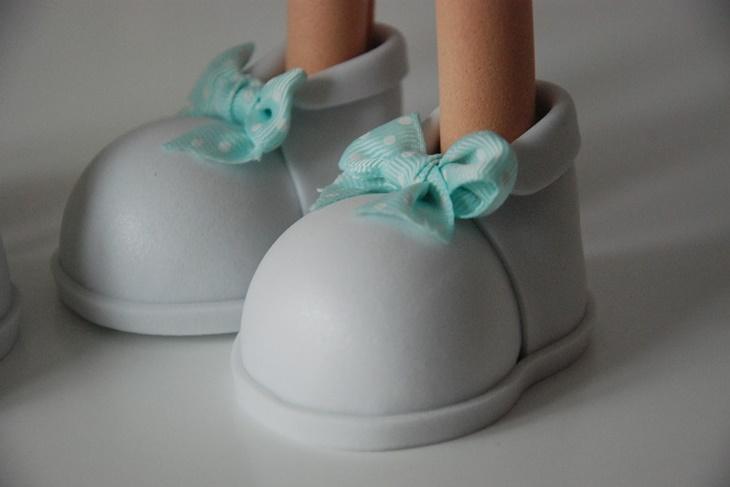 1903ce2c1d0 Zapatos para fofuchas paso a paso  Calzado de goma eva  VÍDEOS  - Mujeralia