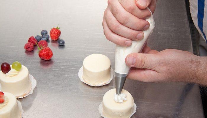 Crema pastelera: Receta fácil paso a paso