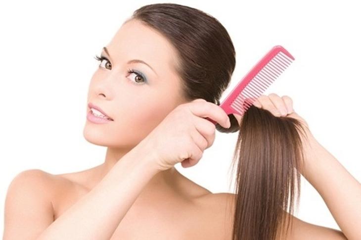 Caída del pelo en mujeres: Causas más frecuentes