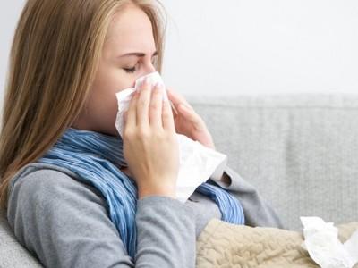 Resfriado común: Tratamiento con remedios caseros, síntomas y causas