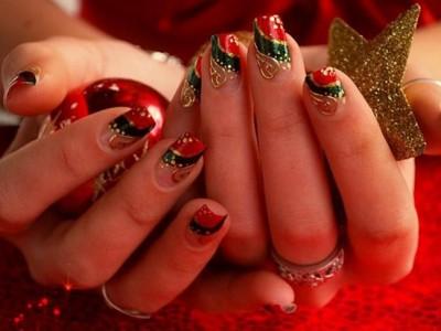 Uñas Navidad decoradas: Diseños únicos y sorprendentes