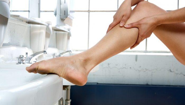 Retención de líquidos: Síntomas, causas y remedios eficaces