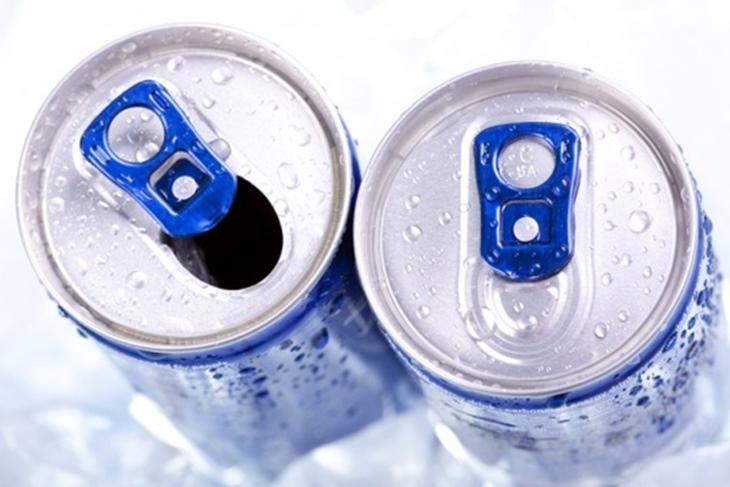 Bebidas energéticas: Peligros y riesgos para los consumidores