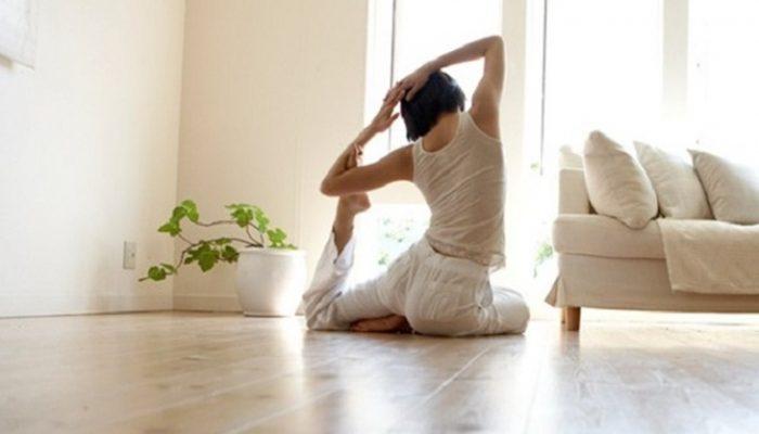 Yoga en casa: Ejercicios y beneficios del yoga