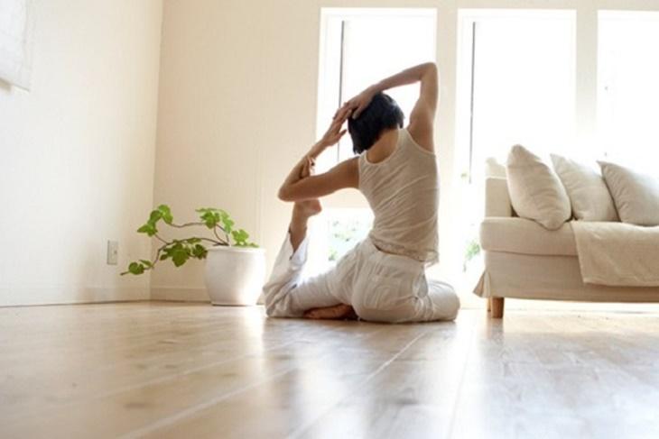 Yoga en casa ejercicios y beneficios del yoga - Ejercicios yoga en casa ...