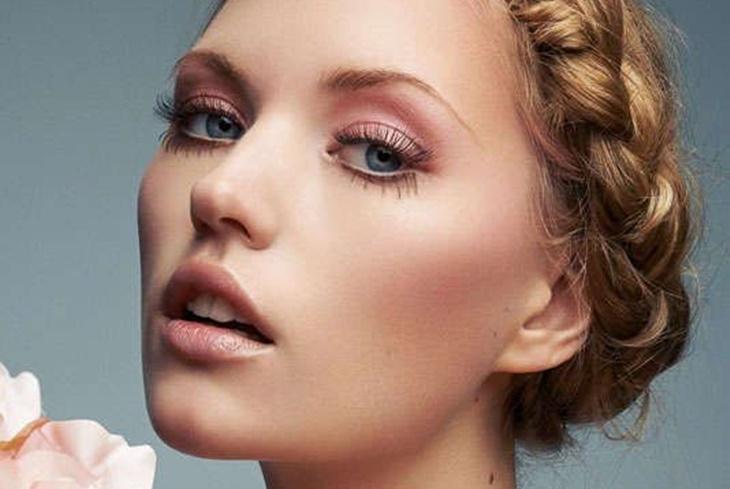 Maquillaje en tonos rosas: Claves para el éxito