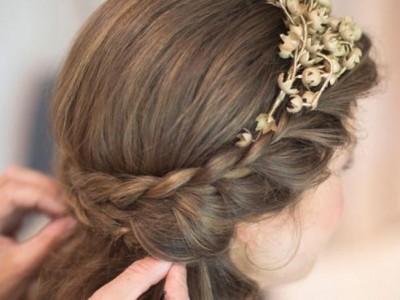 Peinados de Comunión con trenzas: Looks sencillos y bonitos