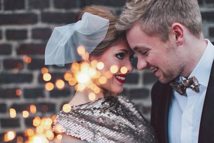 cómo combinar mi vestido con el traje de mi pareja en una boda