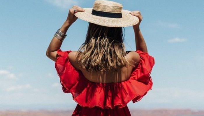 Escote Bardot, looks de moda para el verano 2016