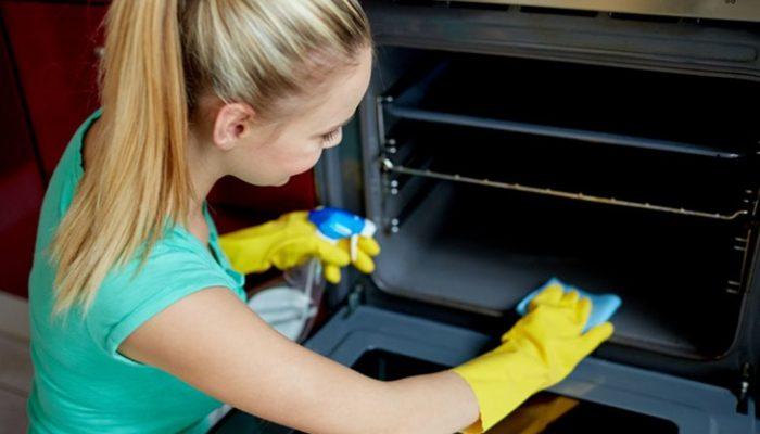 Cómo limpiar el horno de forma efectiva y ecológica