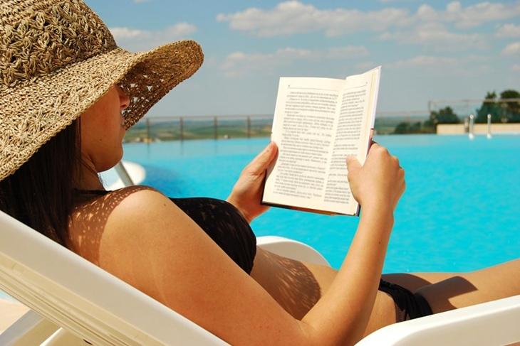 Regalar un libro a una mujer: Cómo elegirlo