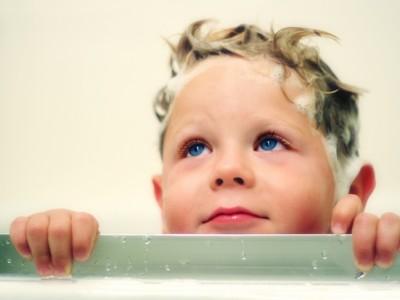 Cómo prevenir los piojos en niños: Remedios eficaces