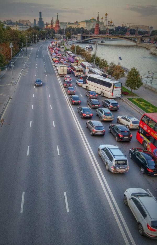 Caminando por Moscú: Kremlin de fondo