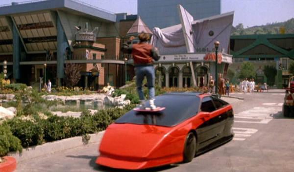 Regreso al Futuro inventos: coche volador