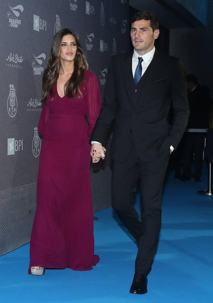 Sara Carbonero e Iker Casillas en una gala en Oporto