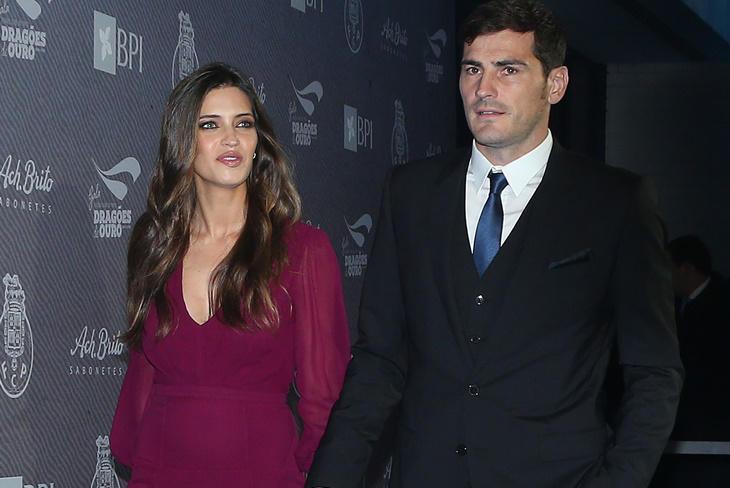 Sara Carbonero embarazada acude a una gala en Oporto con Casillas