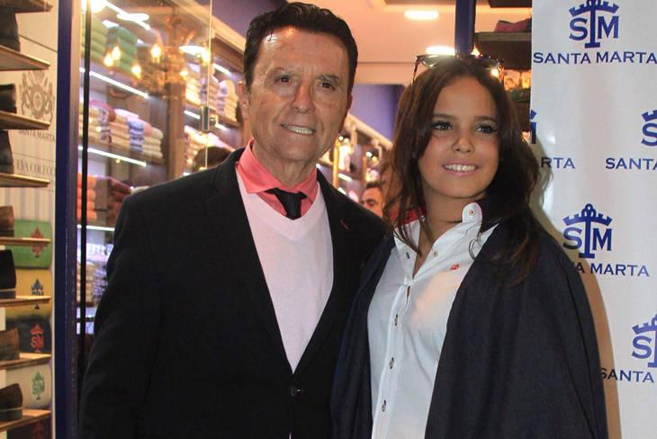 Gloria Camila inaugura su tienda acompañada de Ortega Cano