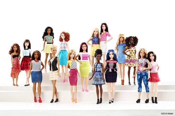 Barbie tiene nuevo cuerpo más real y con curvas