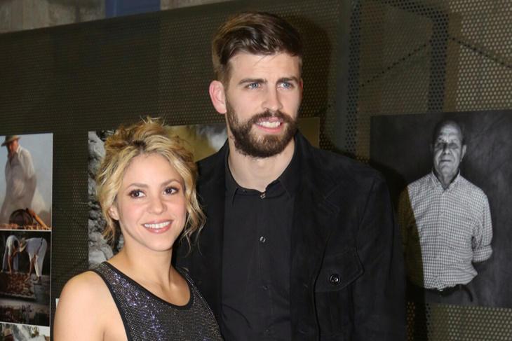 Shakira y Piqué protagonistas y cómplices en una entrega de premios