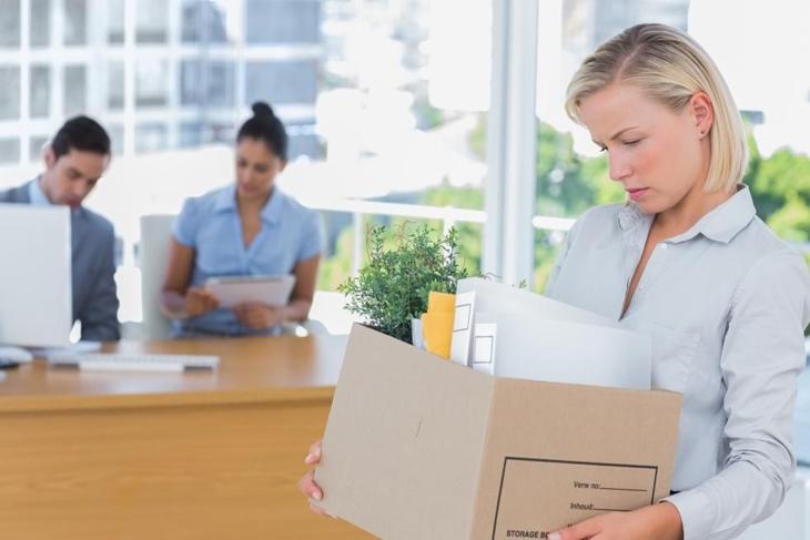 Cómo afrontar un despido laboral: Claves para salir airosa