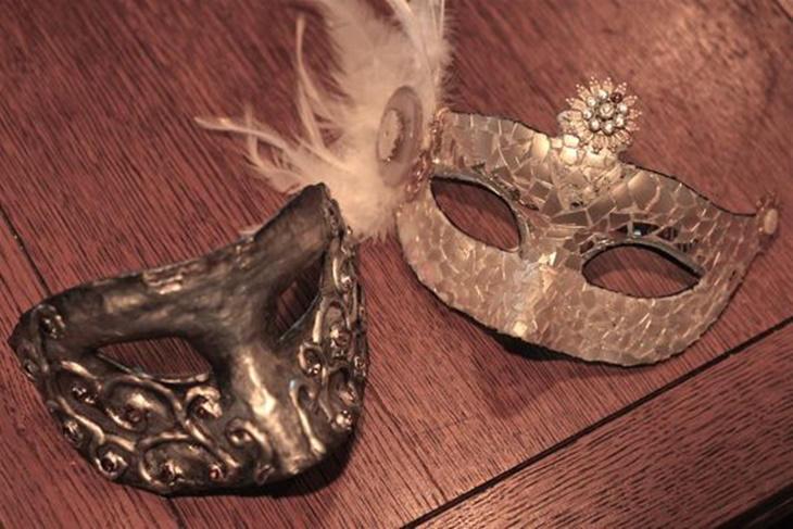 Máscaras de Carnaval caseras: paso a paso