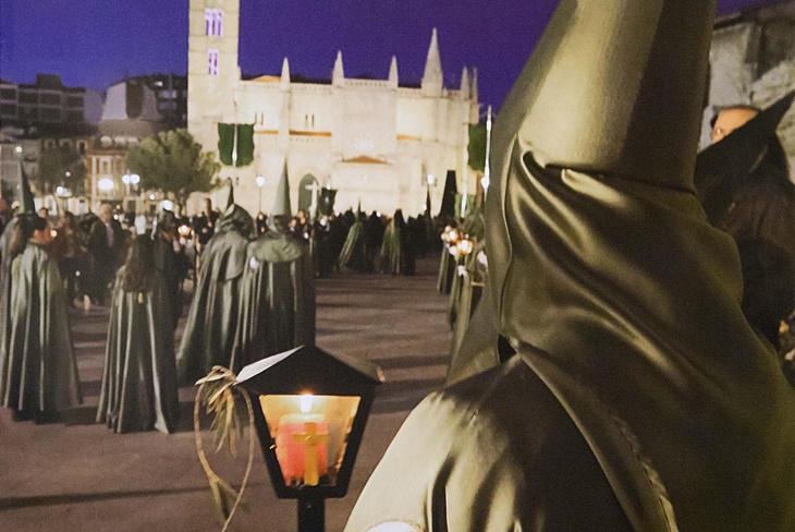 5 destinos para vivir la Semana Santa en España