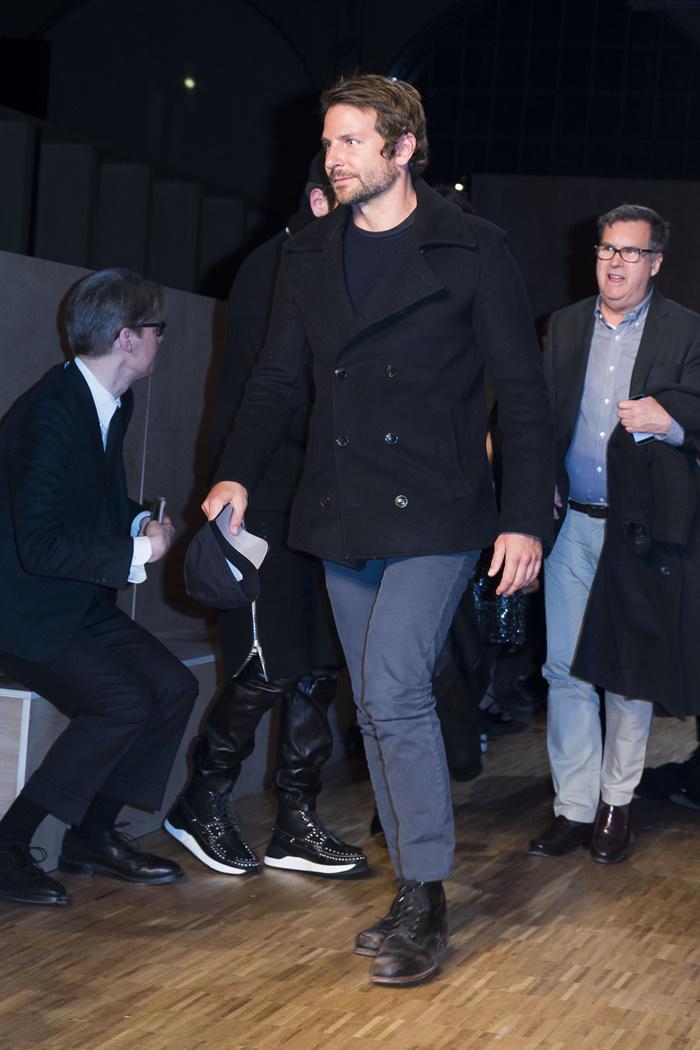 Bradley Cooper front row desfile de Givenchy en París