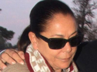 Isabel Pantoja pasa por el quirófano para hacerse unos retoques