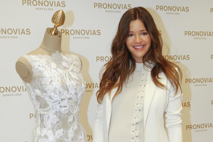 Malena Costa a punto de ser mamá, no se pierde la presentación de Pronovias