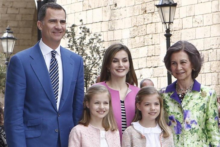 Casa Real desmiente que la Reina Sofía no pueda ver a sus nietas