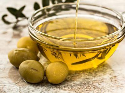 5 aceites para la piel: hidrata, repara y embellece