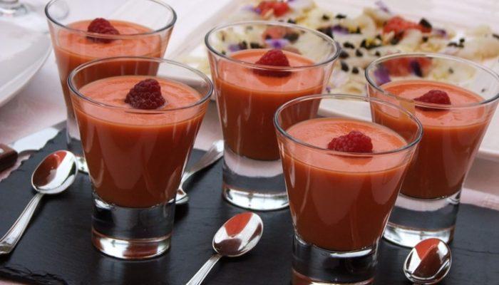 Gazpacho de frambuesa: Receta casera paso a paso