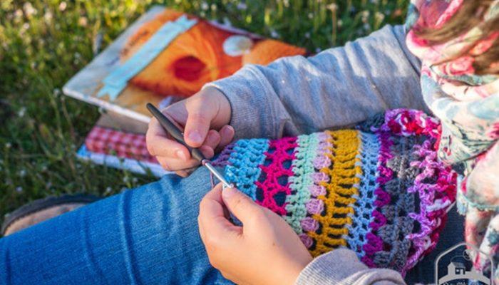 Cómo empezar a hacer ganchillo: Materiales y puntos básicos