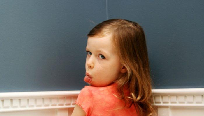 5 señales que muestran que estamos mimando a nuestros hijos