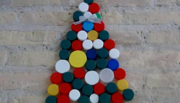 Manualidades de Navidad con tapones de plástico para niños: Las mejores