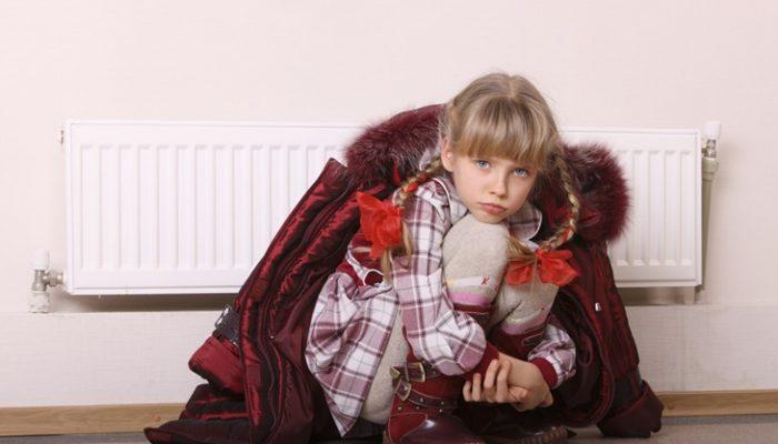 4 riesgos que debemos evitar en casa con los niños y el frío