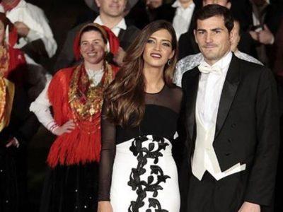 Sara Carbonero deslumbra en la cena con los Reyes vestida de Vicky Martín Berrocal