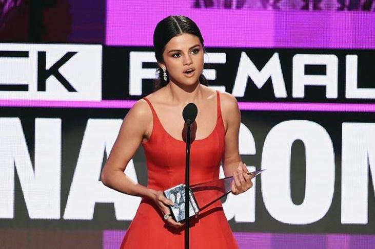 Selena Gomez y su emotivo discurso en su regreso en los AMA's 2016