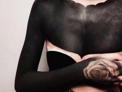 Tatuajes blackout, ¿cómo son estos tattoos extremos?